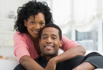 les secrets d 39 un couple heureux confidentielles. Black Bedroom Furniture Sets. Home Design Ideas
