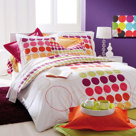 housse de couette imprim e pois 39 spotty 39 acheter ce produit au meilleur prix. Black Bedroom Furniture Sets. Home Design Ideas