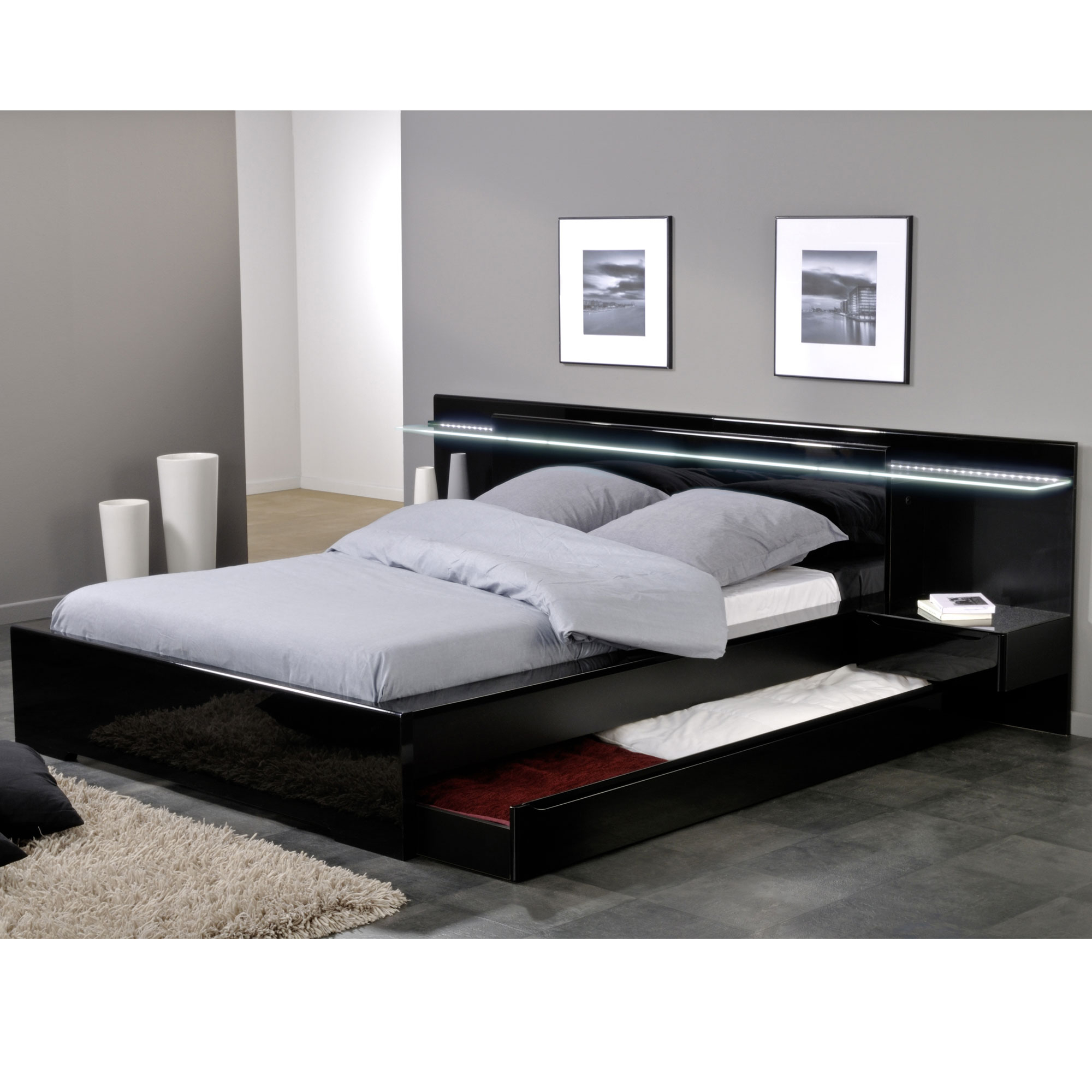 ensemble lit 140 x 190 cm environnement lumineux avec 2 chevets int gr s amber laqu noir. Black Bedroom Furniture Sets. Home Design Ideas