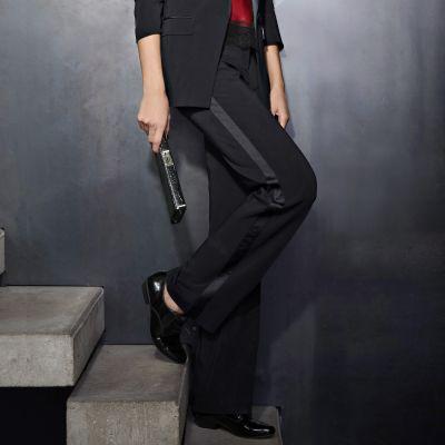 pantalon smoking femme entrejambe 84 du 36 au 52 acheter ce produit au meilleur prix. Black Bedroom Furniture Sets. Home Design Ideas