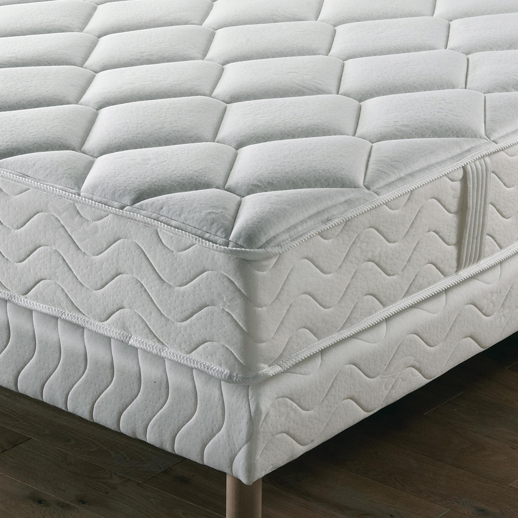 matelas latex ferme lombadorsal 90 x 190 anniversaire 40 ans acheter ce produit au. Black Bedroom Furniture Sets. Home Design Ideas