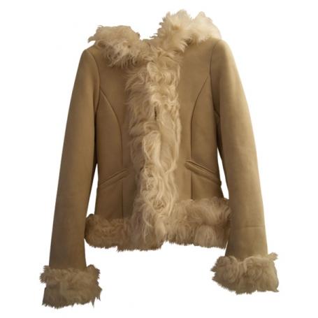 manteau en mouton retourne acheter ce produit au. Black Bedroom Furniture Sets. Home Design Ideas