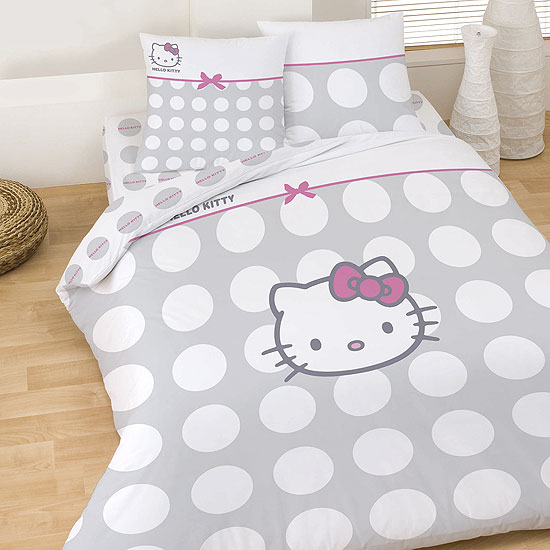 parure de lit 39 hello kitty 39 acheter ce produit au meilleur prix. Black Bedroom Furniture Sets. Home Design Ideas