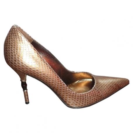 6e1275343c83 Escarpin en python dore - Acheter ce produit au meilleur prix !