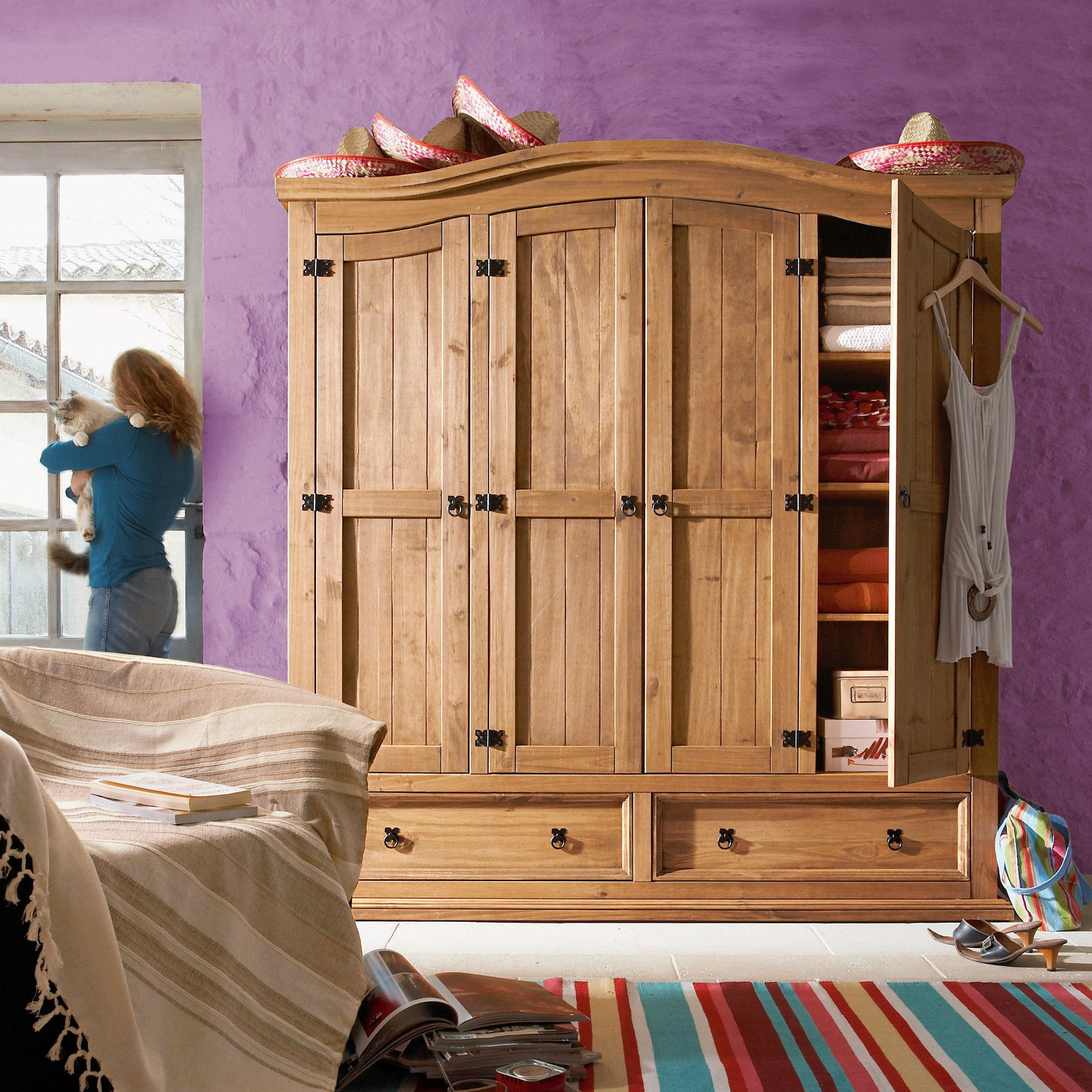 armoire 4 portes 1 2 penderie 1 2 ling re el patio. Black Bedroom Furniture Sets. Home Design Ideas