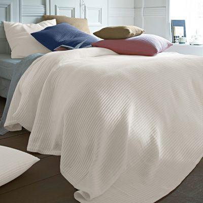 jet de lit piqu de coton 6 coloris en choix acheter ce produit au meilleur prix. Black Bedroom Furniture Sets. Home Design Ideas