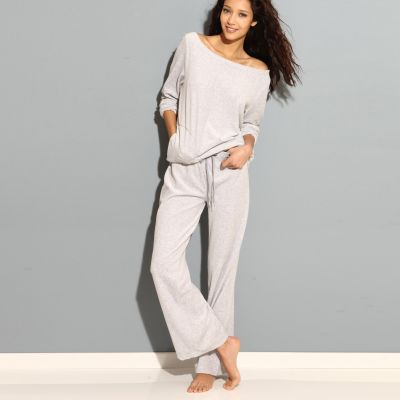 Pyjama velours femme du 34 36 au 50 52 acheter ce produit au meilleur prix for Pyjama femme chaud
