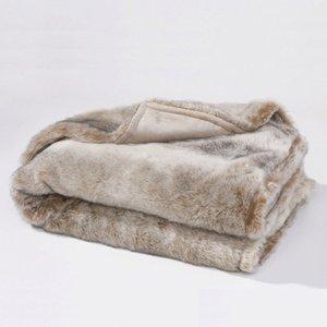 plaid fausse fourrure roudoudou 2 tailles imitation loutre. Black Bedroom Furniture Sets. Home Design Ideas