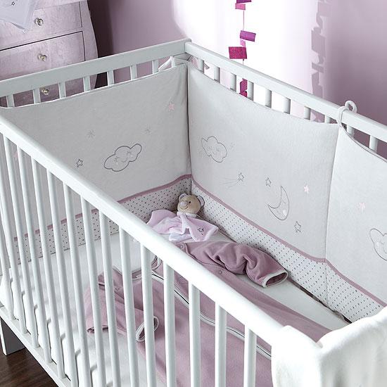 tour de lit 39 nuage 39 acheter ce produit au meilleur prix. Black Bedroom Furniture Sets. Home Design Ideas