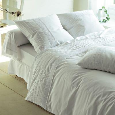 housse de couette parement dentelle manon acheter ce produit au meilleur prix. Black Bedroom Furniture Sets. Home Design Ideas