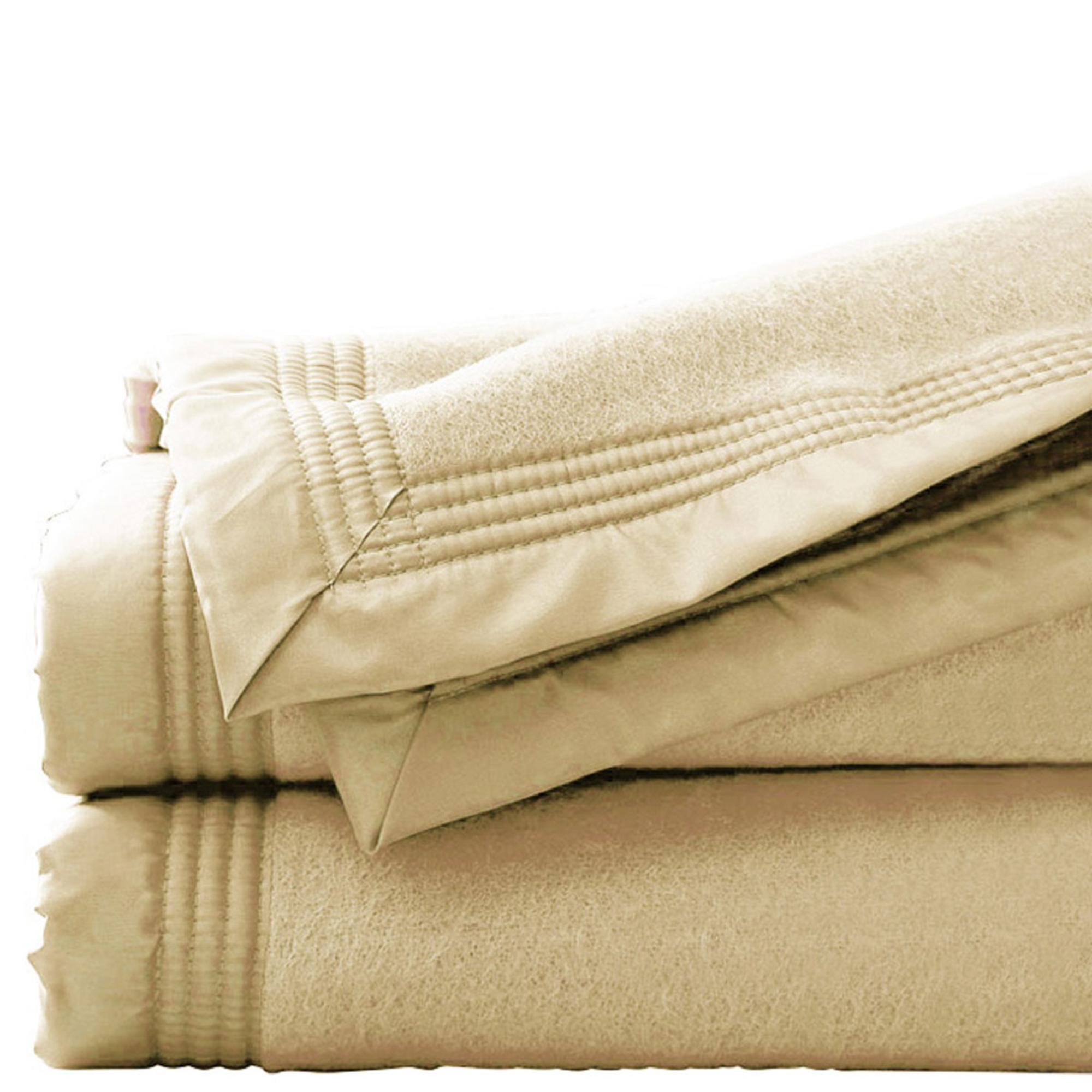 couverture 180 x 220 cm pure laine vierge woolmark ecru acheter ce produit au meilleur prix. Black Bedroom Furniture Sets. Home Design Ideas