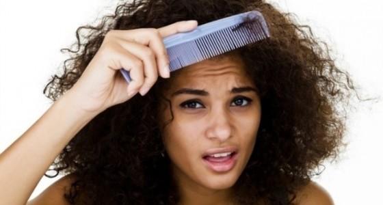 Des cheveux indisciplinés
