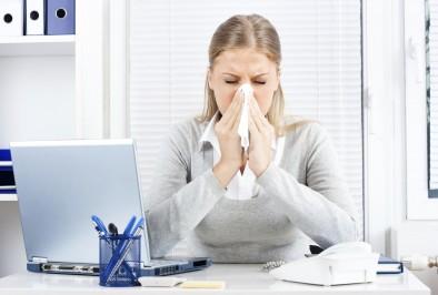Au travail, la grippe se promène aussi