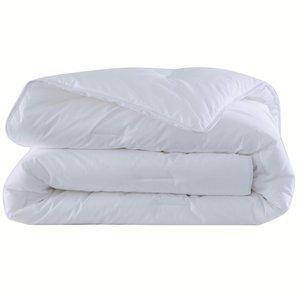 couette synth tique sp cial t lestra acheter ce produit au meilleur prix. Black Bedroom Furniture Sets. Home Design Ideas