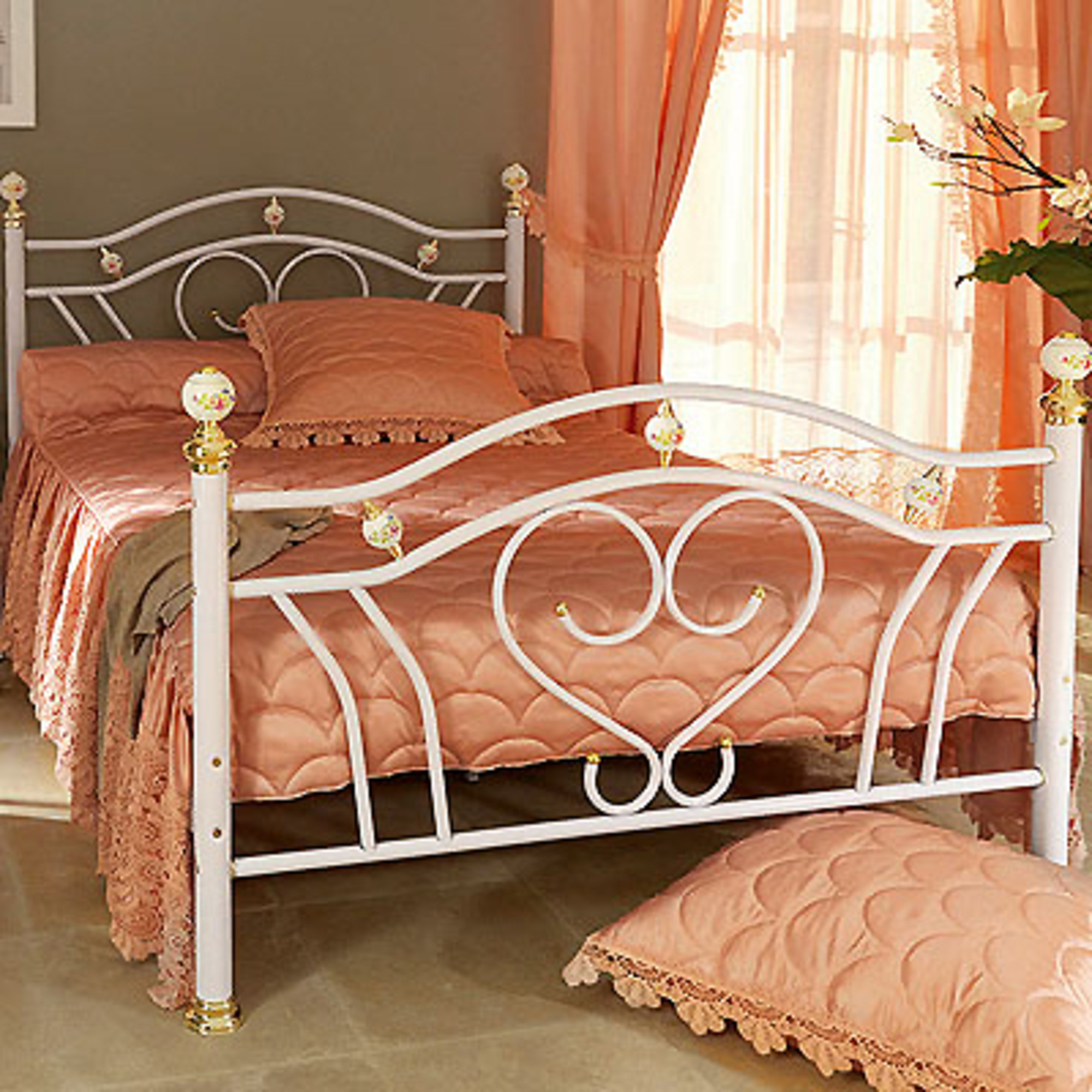 couvre lit 3 volants satin Couvre lit 2 pers 2 volants isabella   rose   frais de traitement  couvre lit 3 volants satin