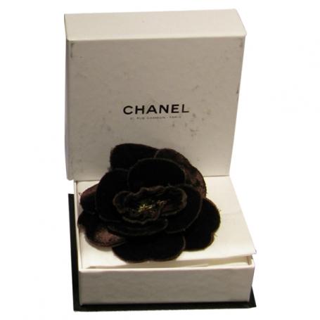 a9bb503d83db Broche camelia marron chocolat chanel - Acheter ce produit au ...