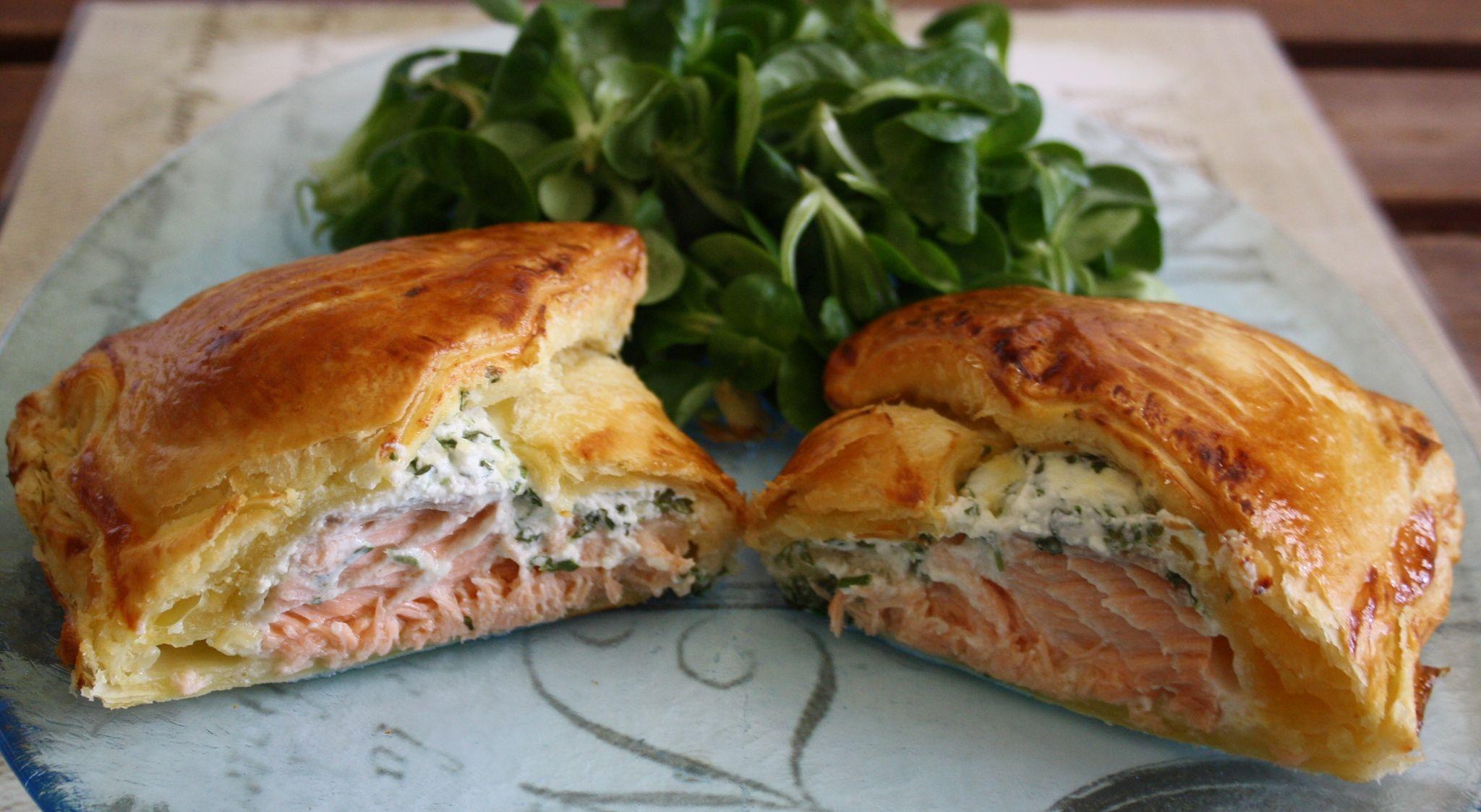 Feuilletés au saumon fumé et fromage frais