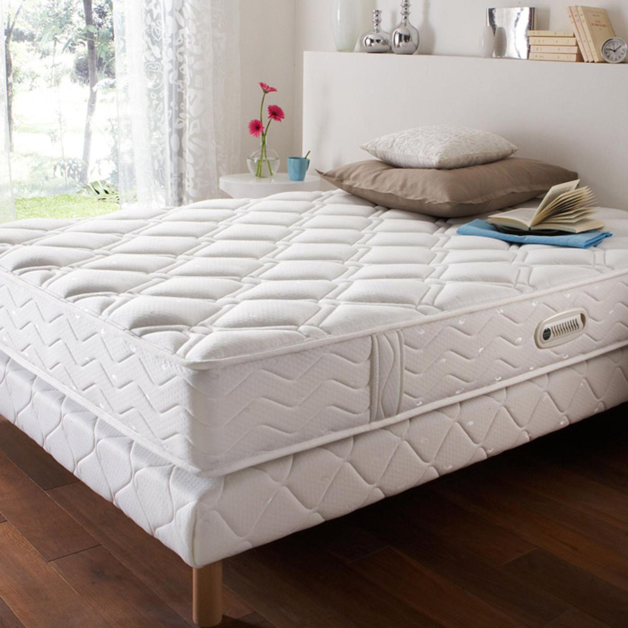 ensemble matelas ressorts accueil grand confort soutien ferme sommier duvivier kin tonic 90. Black Bedroom Furniture Sets. Home Design Ideas