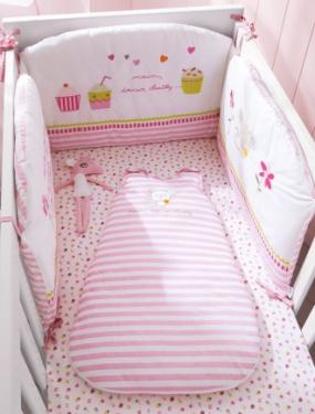 tour de lit bebe brode miam miam vertbaudet acheter ce produit au meilleur prix. Black Bedroom Furniture Sets. Home Design Ideas