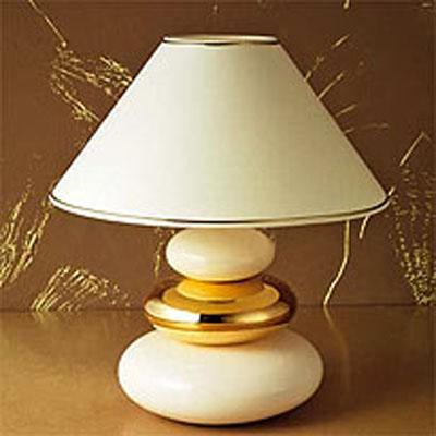 Lampe poser galets or et blanc frais de traitement de for Lampe a poser galet