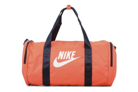 sacs de sport nike nike raceday medium duffel acheter ce produit au meilleur prix. Black Bedroom Furniture Sets. Home Design Ideas
