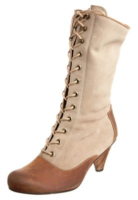 j shoes dolly bottes � lacets