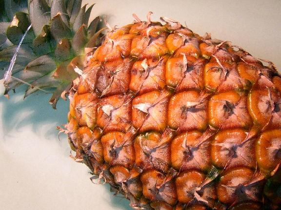 Ananas farci aux fraises