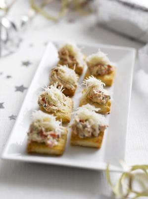 Petits canap s au fromage et aux olives d espagne toutes for Canape au fromage