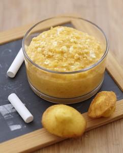 Compote de mangue au Carré Frais & madeleine
