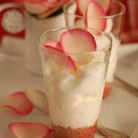 Cappuccino de chocolat blanc sur sa purée de fraises