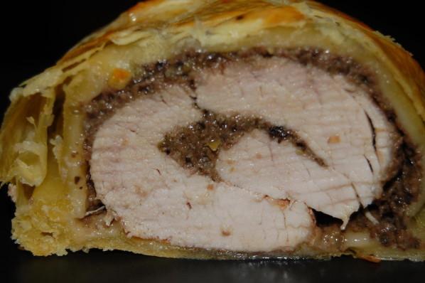 Filet mignon de porc feuilleté fourré à la tapenade