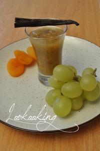 Compote de raisin à la vanille et au thé vert au jasmin