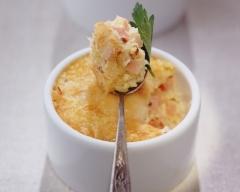 Oeufs brouillés au fromage et au jambon