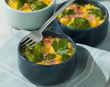 Clafoutis au brocoli, à la mimolette et au jambon