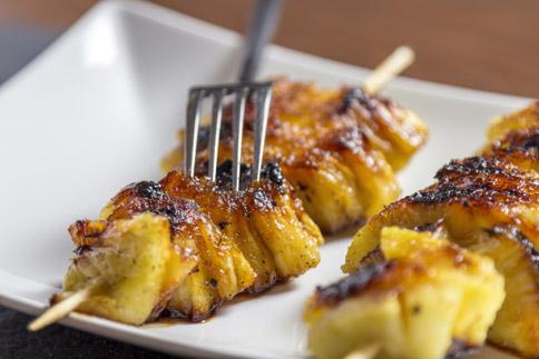Brochettes d'ananas rôties