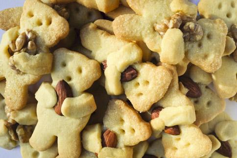 Biscuits ours aux amandes et aux noix